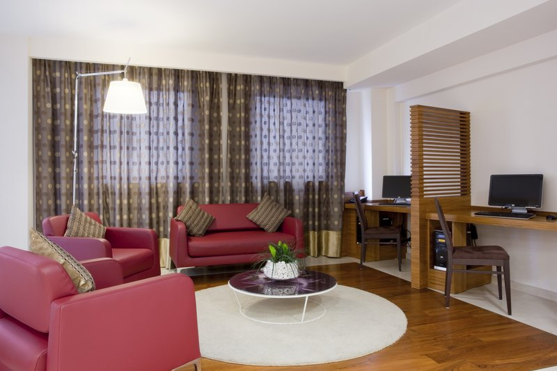 Holiday Inn Salerno - Cava de' Tirreni-Stay connected at our Internet Point<br/>Image from Leonardo
