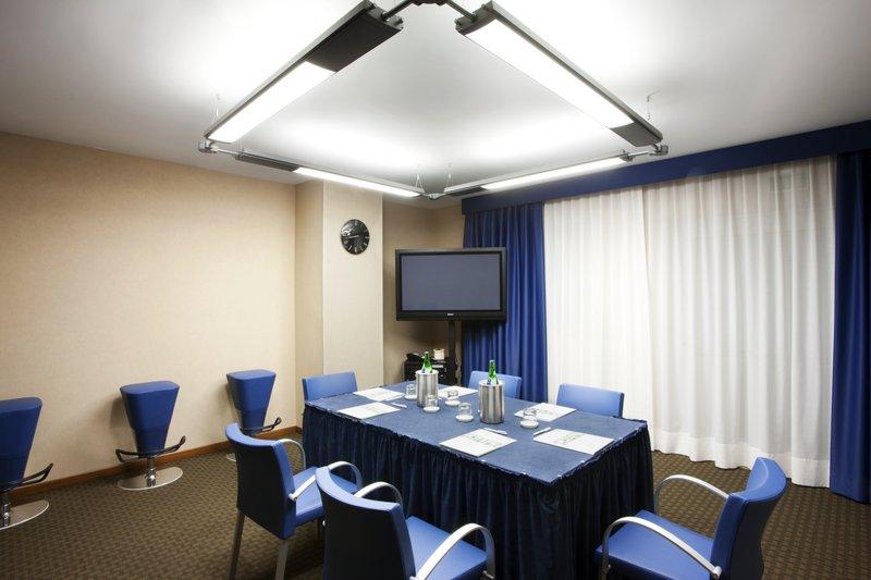 Holiday Inn Salerno - Cava de' Tirreni-Meeting Room Scirocco (up to 20 pax)<br/>Image from Leonardo