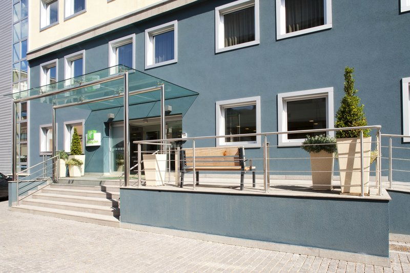 Holiday Inn Salerno - Cava de' Tirreni-Smoking is allowed here!<br/>Image from Leonardo