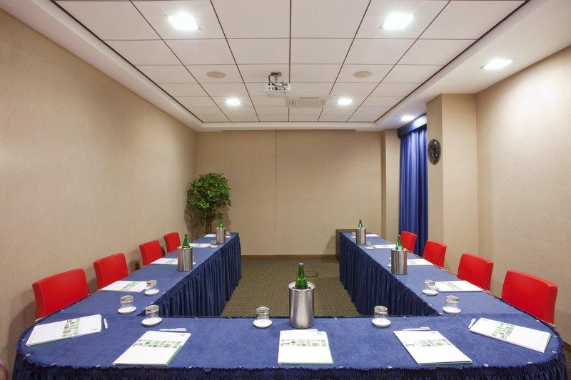 Holiday Inn Salerno - Cava de' Tirreni-Meeting Room Libeccio 1 or 2 (up to 25 pax)<br/>Image from Leonardo