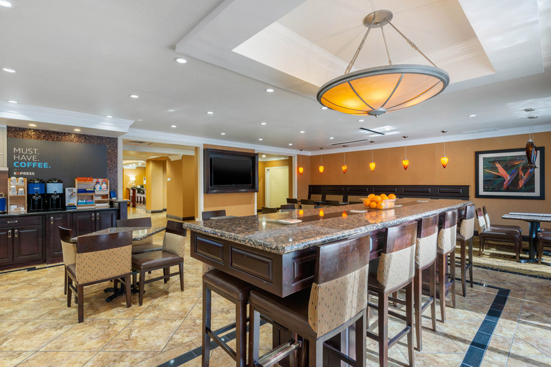 Holiday Inn Express & Suites Palm Coast - Flagler Beach Area-Breakfast Area<br/>Image from Leonardo