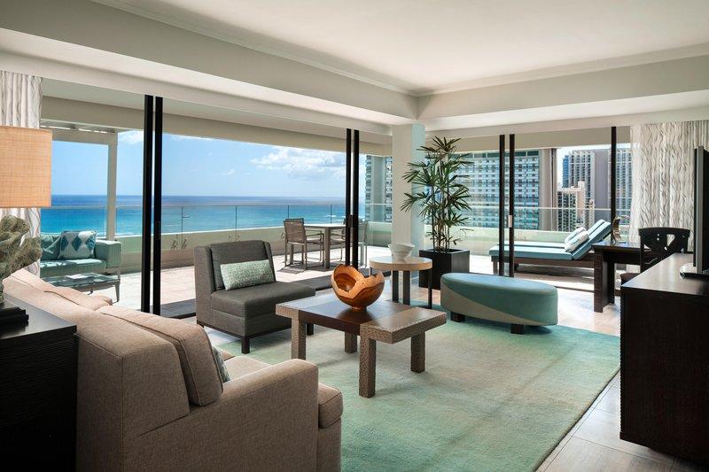 Moana Surfrider, A Westin Resort & Spa, Waikiki Beach - Penthouse Oceanfront Suite Living Room <br/>Image from Leonardo