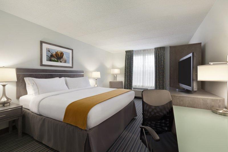 Holiday Inn Express Williamsburg North-Guest Room<br/>Image from Leonardo