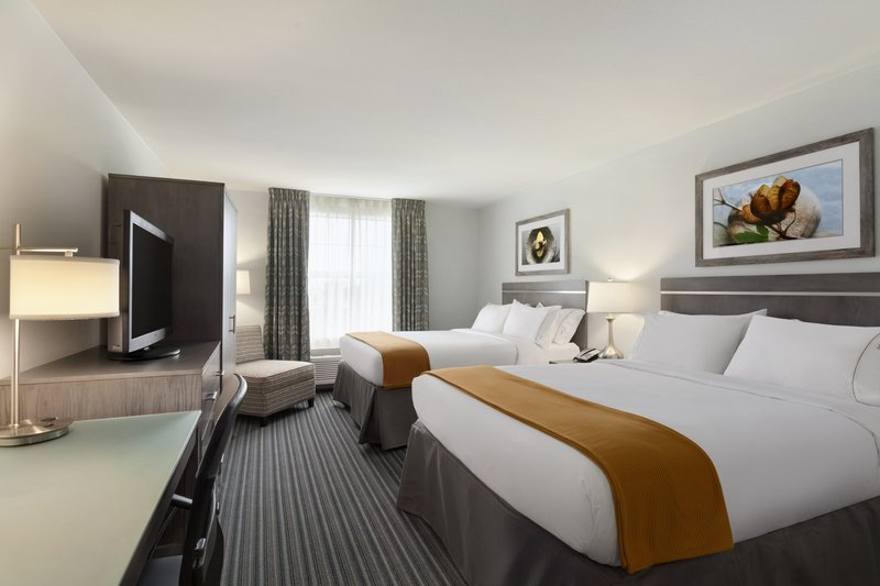 Holiday Inn Express Williamsburg North-Queen Bed Guest Room<br/>Image from Leonardo