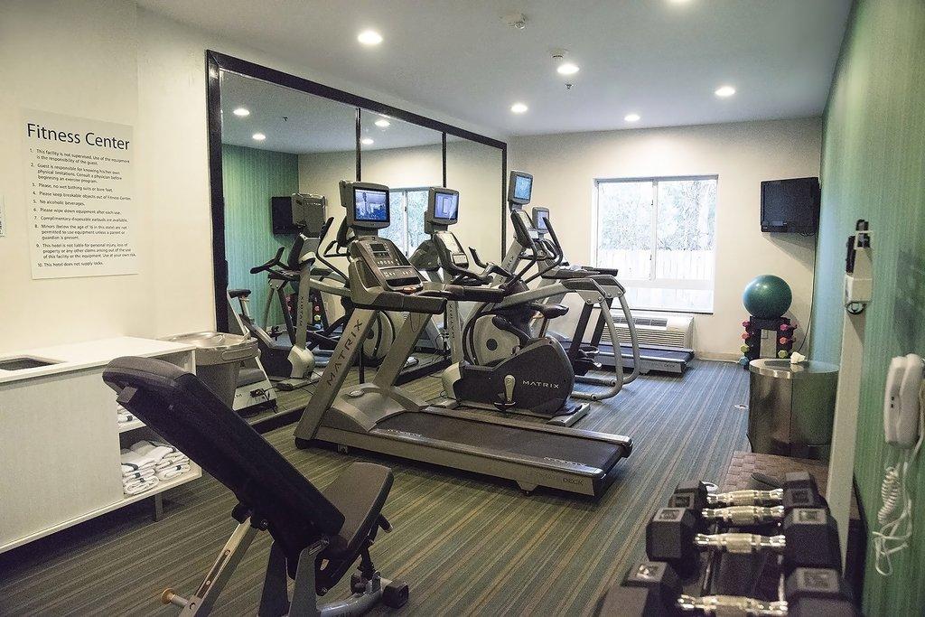 Holiday Inn Express &amp; Suites Alexandria-Fitness Center<br/>Image from Leonardo