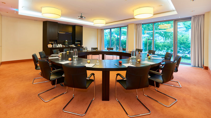 Berlin Airport Conference Centre-Meeting Room<br/>Image from Leonardo