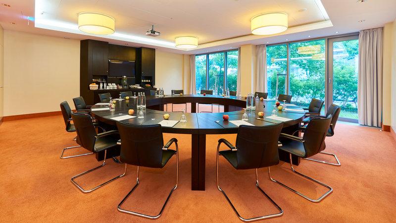 Holiday Inn Berlin Airport - Conf Centre-Meeting Room<br/>Image from Leonardo