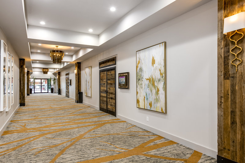 Crowne Plaza Resort Asheville-Biltmore Foyer is a great additional space to your meeting!<br/>Image from Leonardo