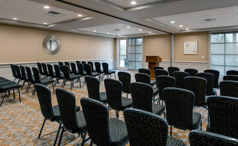 Crowne Plaza Resort Asheville-Hold your small group seminar in our Foxfire Room<br/>Image from Leonardo