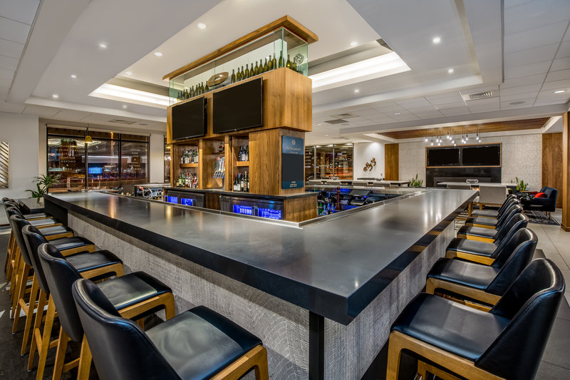 Crowne Plaza Downtown Denver-Bar and Lounge<br/>Image from Leonardo