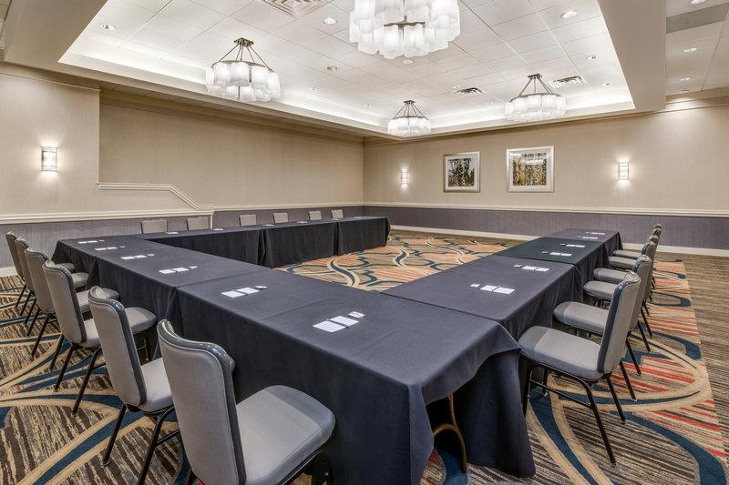 Crowne Plaza Downtown Denver-Conference Setup<br/>Image from Leonardo