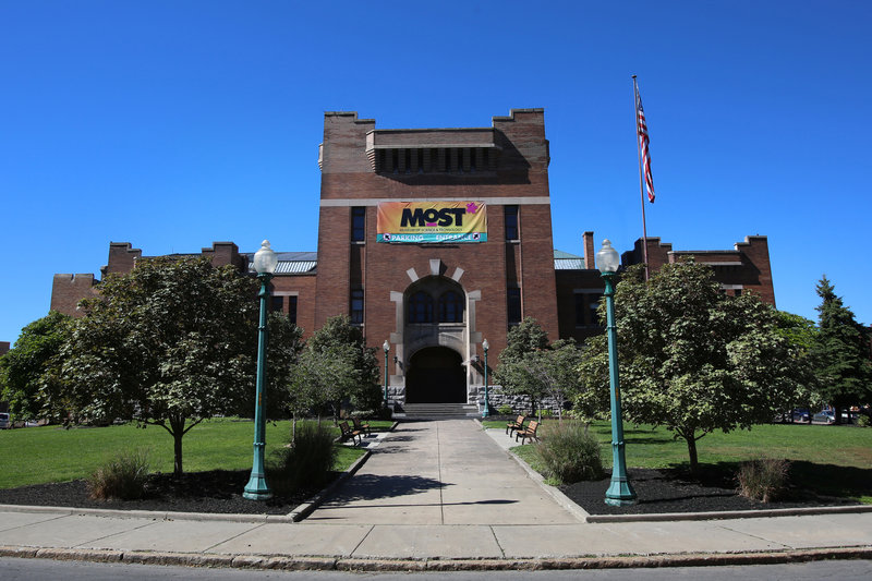 Crowne Plaza Syracuse-M.O.S.T Museum of Science Technology, located downtown.<br/>Image from Leonardo