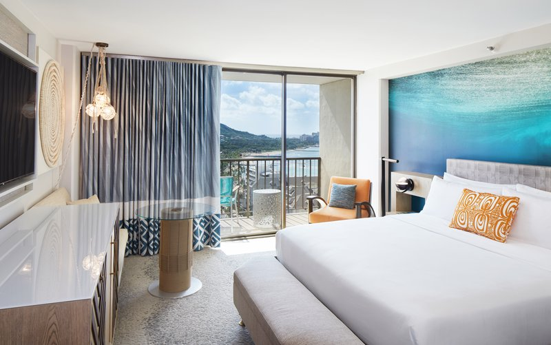 Waikiki Beachcomber By Outrigger - Guest room <br/>Image from Leonardo