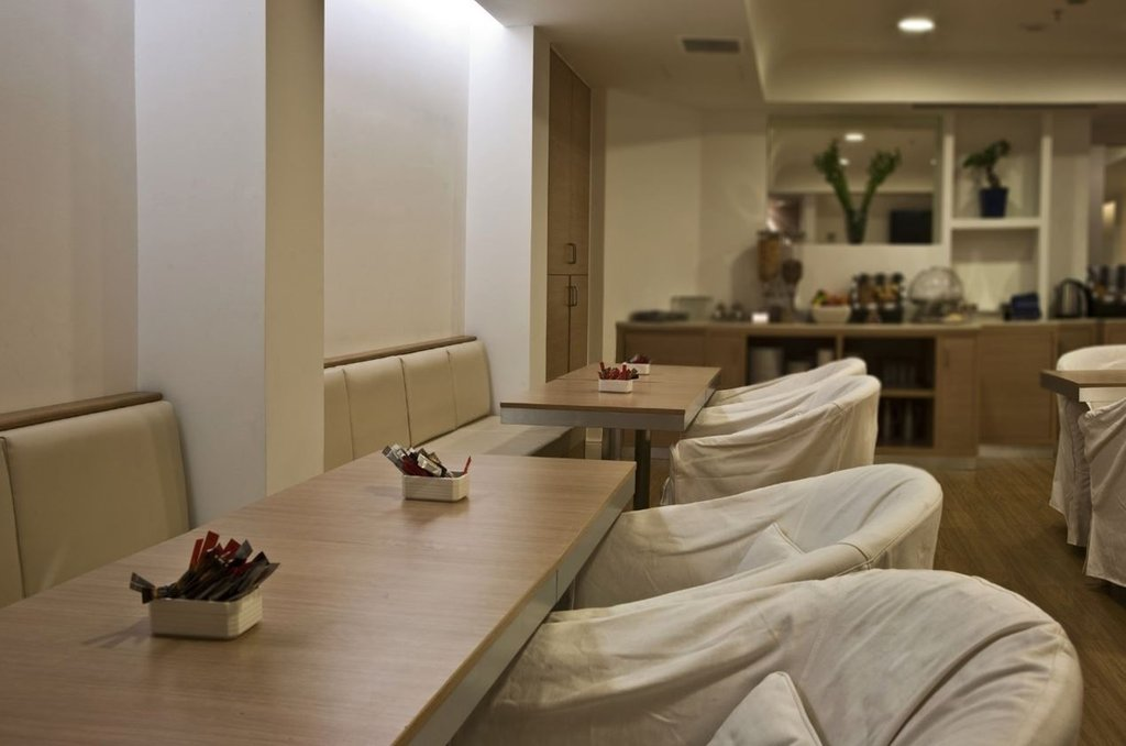 Athens Tiare Hotel-Breakfast Room<br/>Image from Leonardo