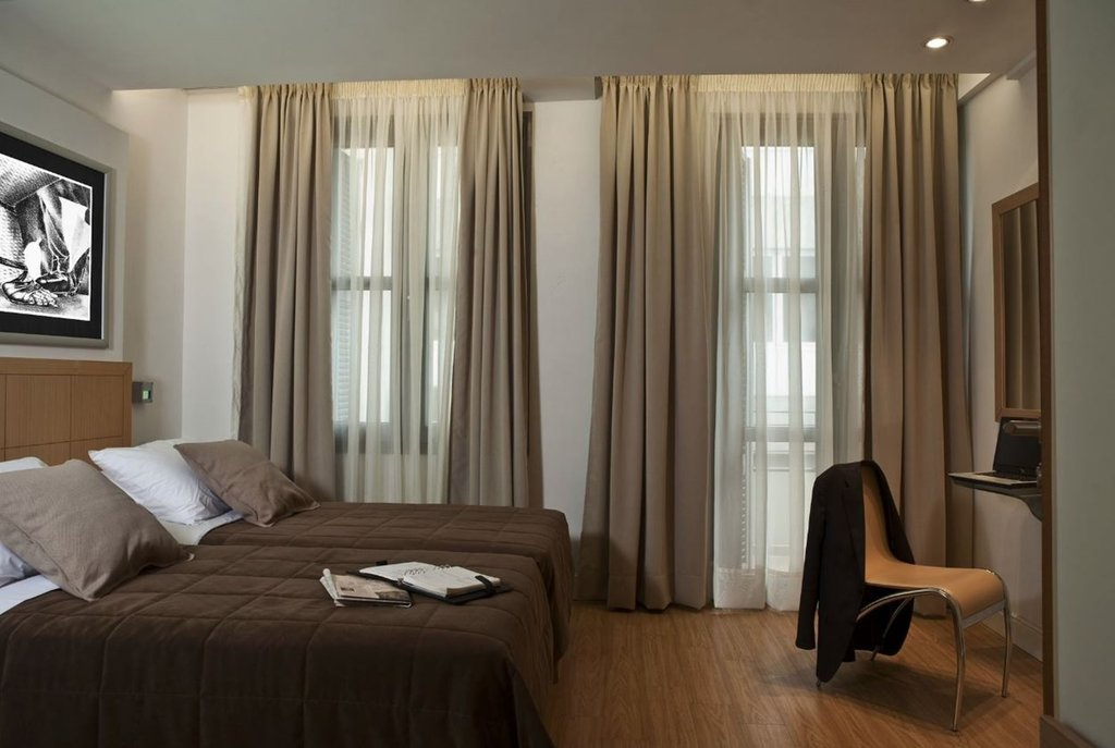 Athens Tiare Hotel-Standard Twin Room<br/>Image from Leonardo