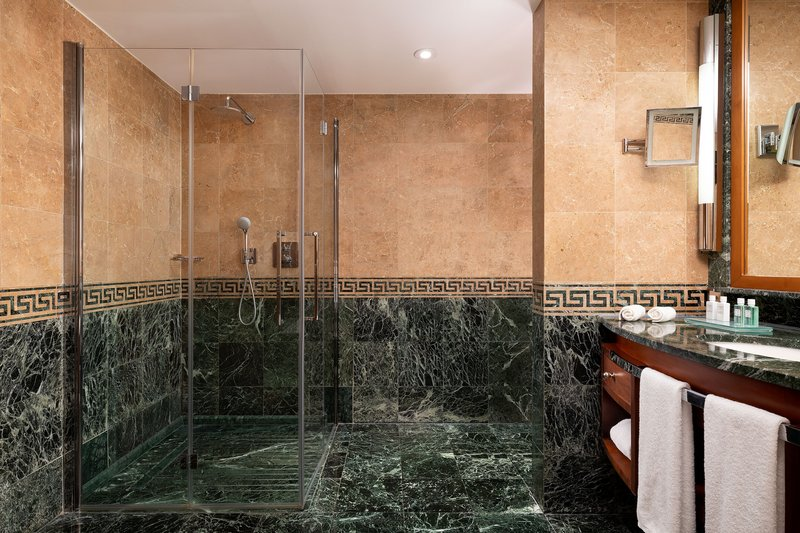 Hotel President Wilson; a Luxury Collection Hotel-Accessible Bathroom – Roll-In Shower<br/>Image from Leonardo