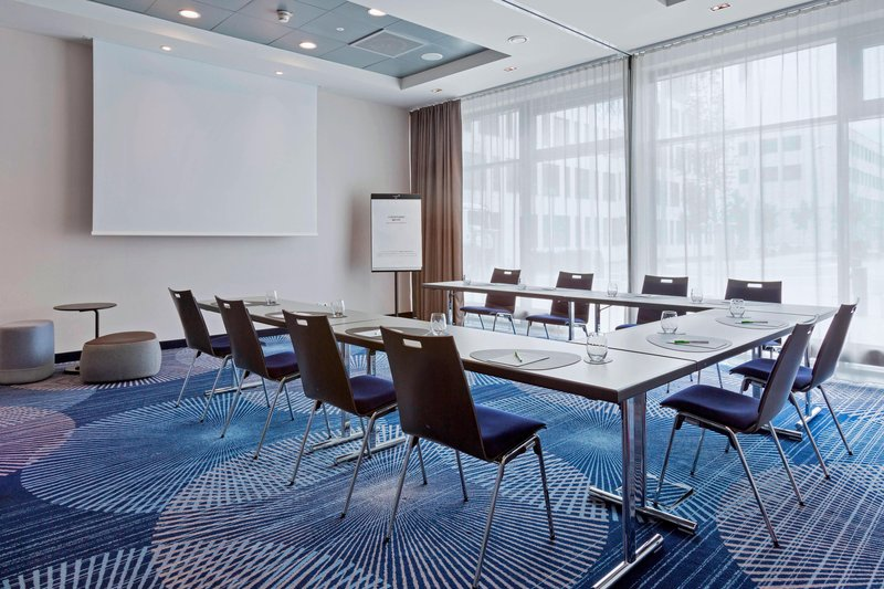 Courtyard Oberpfaffenhofen Munich South-Delphin 1 & 2 Meeting Room - U-Shape Setup<br/>Image from Leonardo