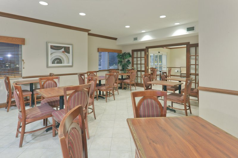 Holiday Inn Express Evansville - West-Breakfast Bar<br/>Image from Leonardo