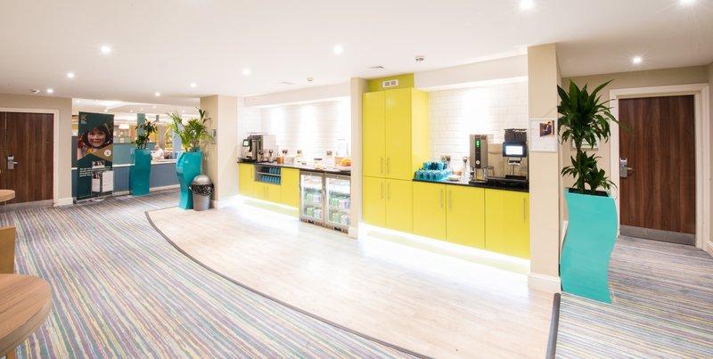 Holiday Inn Cardiff - North M4, Jct.32-Meetings<br/>Image from Leonardo