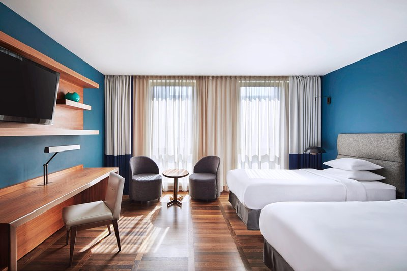 Metropol Palace Belgrade; a Luxury Collection Hotel-Twin/Twin Deluxe Guest Room<br/>Image from Leonardo