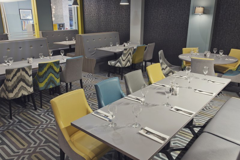 Holiday Inn Newcastle-Jesmond-Set for dinner<br/>Image from Leonardo