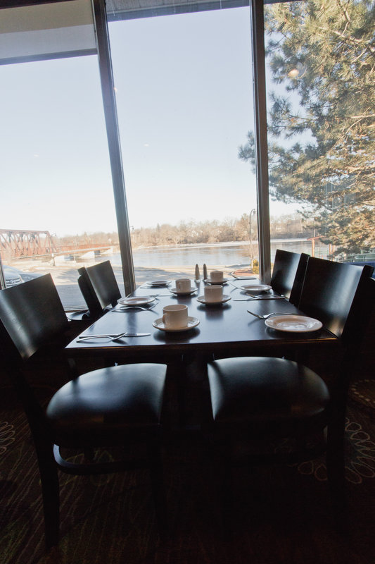 Holiday Inn Peterborough-Waterfront-Riverside Grill Restaurant overlooking the water<br/>Image from Leonardo