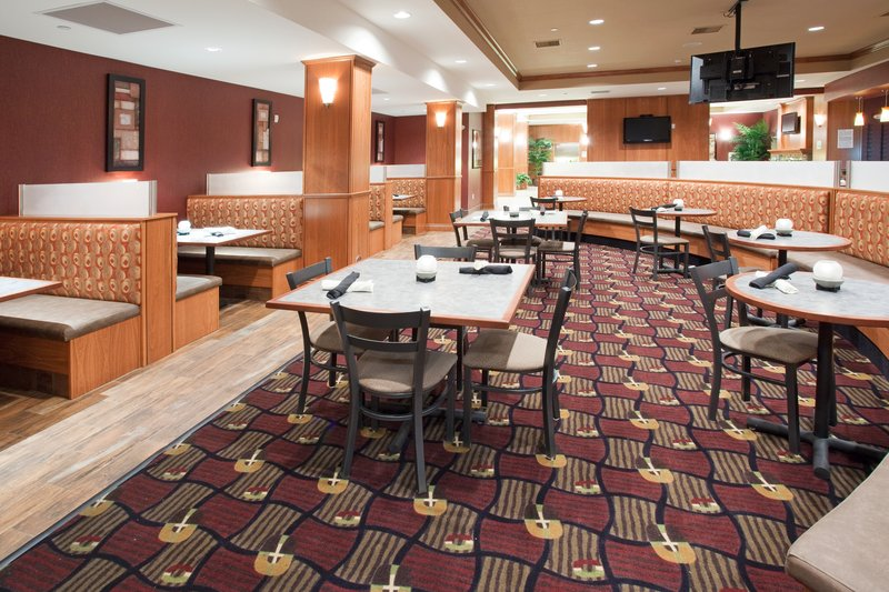 Holiday Inn Hotel & Suites Grand Junction-Airport-Ask about our Daily Chef's Special at the Grand Valley Grill<br/>Image from Leonardo