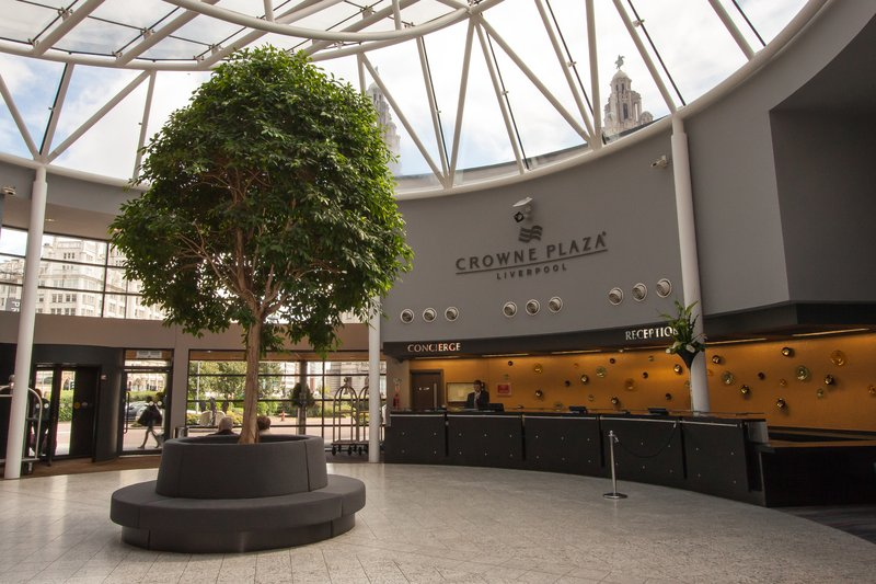 Crowne Plaza Liverpool City Centre-Front Desk<br/>Image from Leonardo