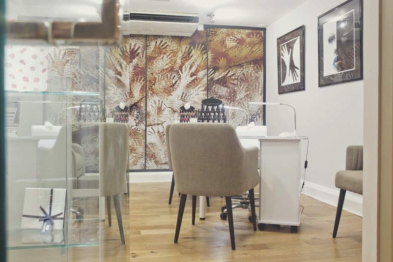 Holiday Inn Newcastle-Jesmond-Funky nail bar<br/>Image from Leonardo