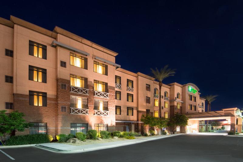 Holiday Inn Express Phoenix-I-10 West/Goodyear-Hotel Exterior<br/>Image from Leonardo