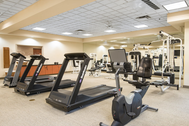 Holiday Inn Express Phoenix-I-10 West/Goodyear-Workout in our well-equipped Fitness Center<br/>Image from Leonardo