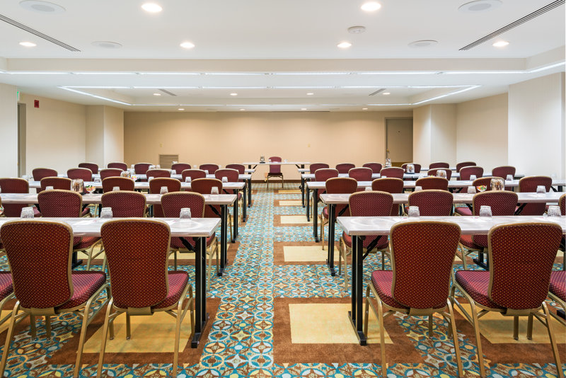 Crowne Plaza Seattle-Downtown-Carlsbad Meeting Room Perfect breakout for self contained Meetings<br/>Image from Leonardo