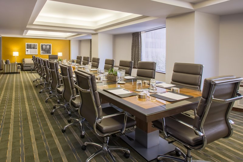 Crowne Plaza Seattle-Downtown-Executive Boardroom<br/>Image from Leonardo
