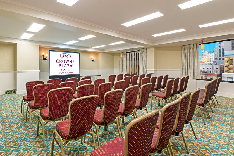 Crowne Plaza Seattle-Downtown-San Juan break out meeting room with natural light<br/>Image from Leonardo