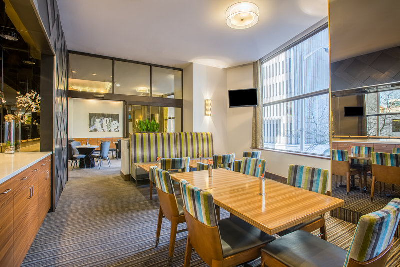 Crowne Plaza Seattle-Downtown-Parkside Room<br/>Image from Leonardo