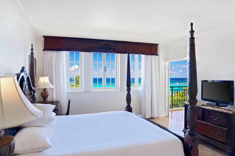 Jewel Dunns River Adult Beach Resort -Sapphire Ocean View King<br/>Image from Leonardo