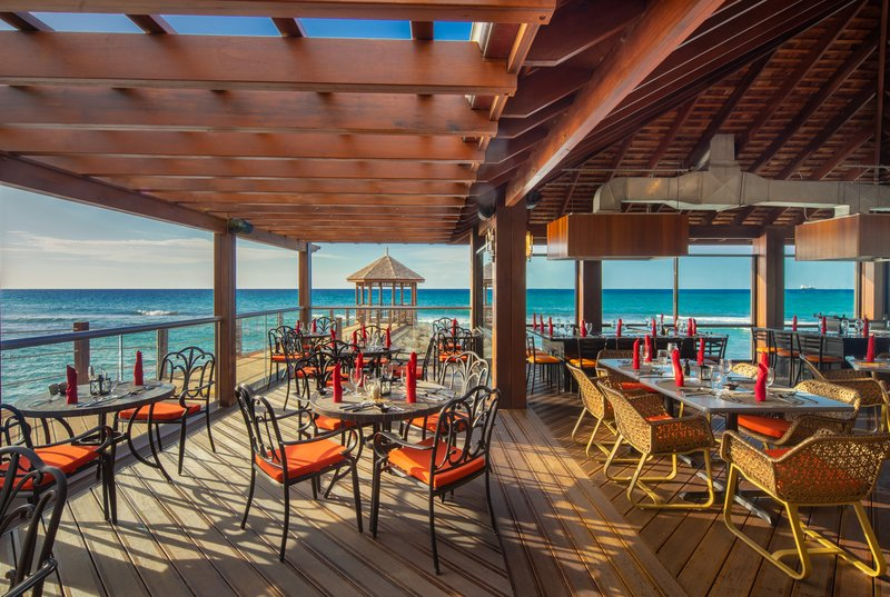 Jewel Grande Montego Bay Resort & Spa  - Pierside Restaurant <br/>Image from Leonardo
