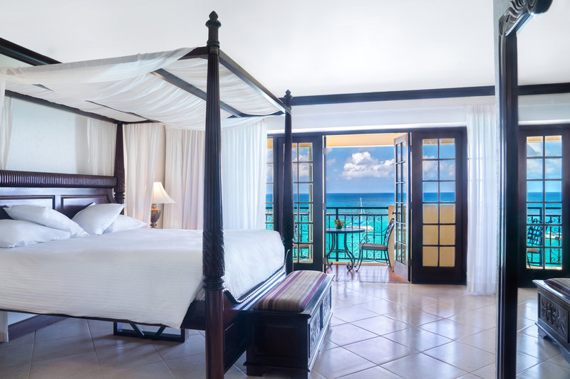 Jewel Dunns River Adult Beach Resort -Honeymoon Haven Suite<br/>Image from Leonardo