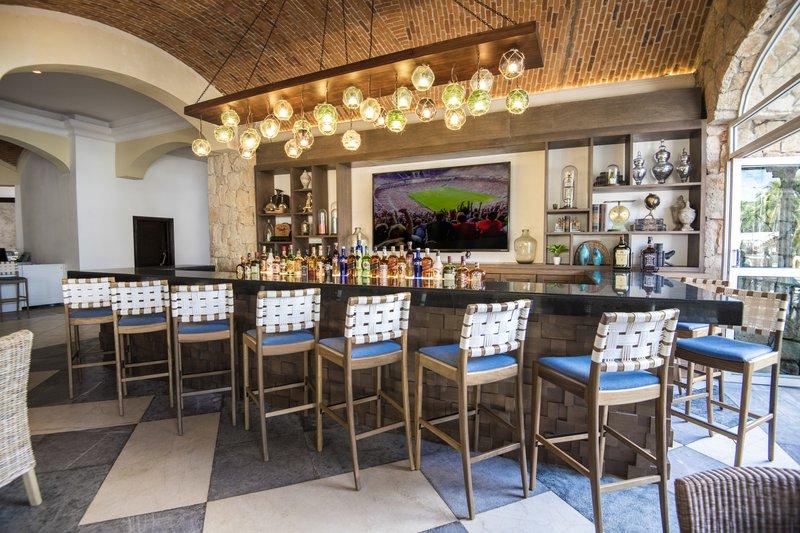 Panama Jack Resorts Playa del Carmen - Jack's Landing Lobby Bar <br/>Image from Leonardo