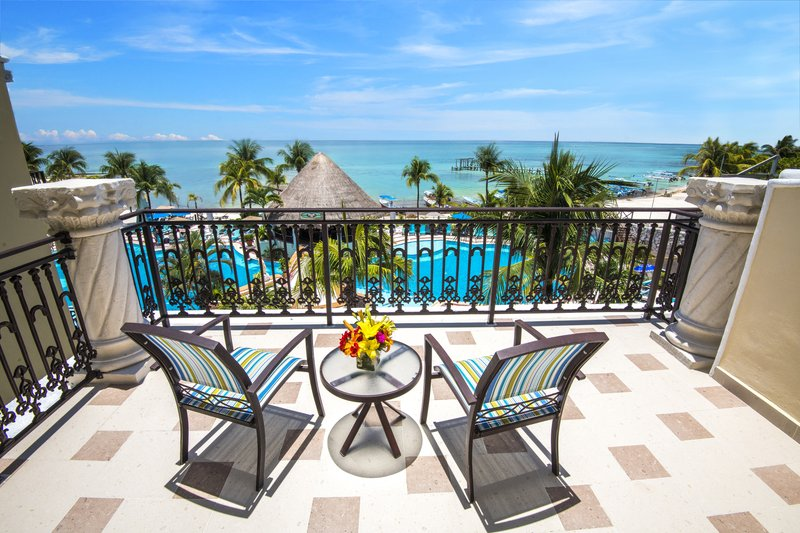 Panama Jack Resorts Playa del Carmen - Family Junior Suite Oceanfront View <br/>Image from Leonardo