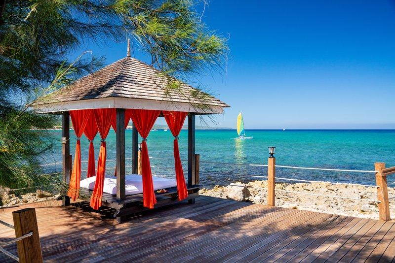 Jewel Paradise Cove Adult Beach Resort  - Cabana <br/>Image from Leonardo