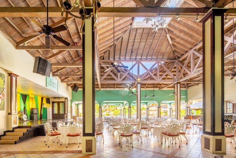 Jewel Paradise Cove Adult Beach Resort  - MBJPCQQCoral Cafe <br/>Image from Leonardo