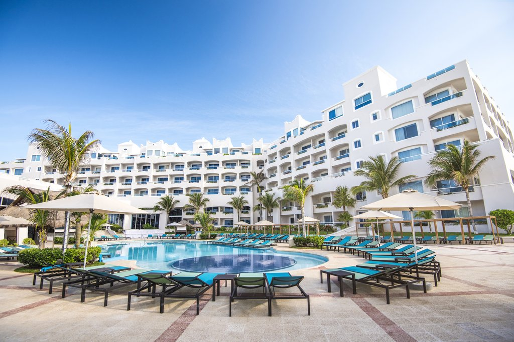Panama Jack Resorts Cancun - Exterior Main Pool <br/>Image from Leonardo