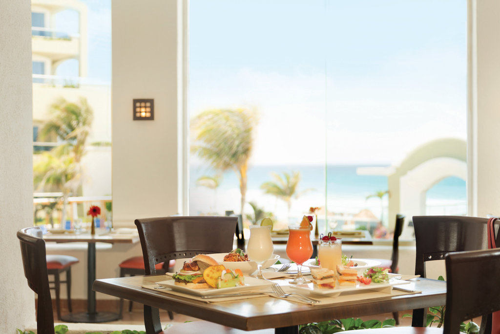Panama Jack Resorts Cancun - Ventanas Restaurant <br/>Image from Leonardo