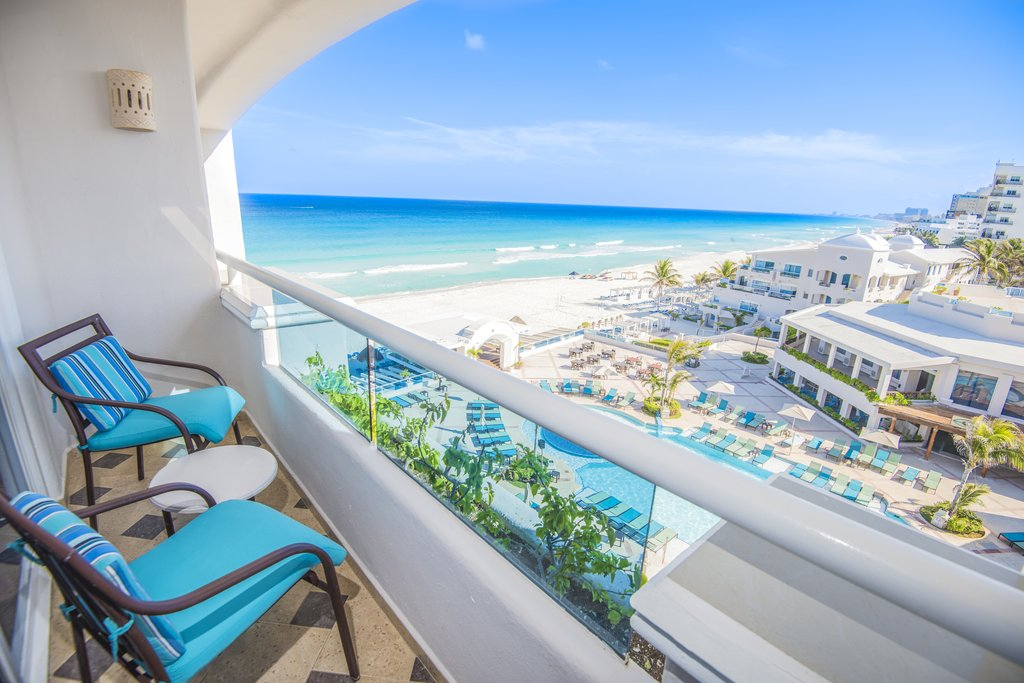 Panama Jack Resorts Cancun - Junior Suite Ocean View Balcony <br/>Image from Leonardo