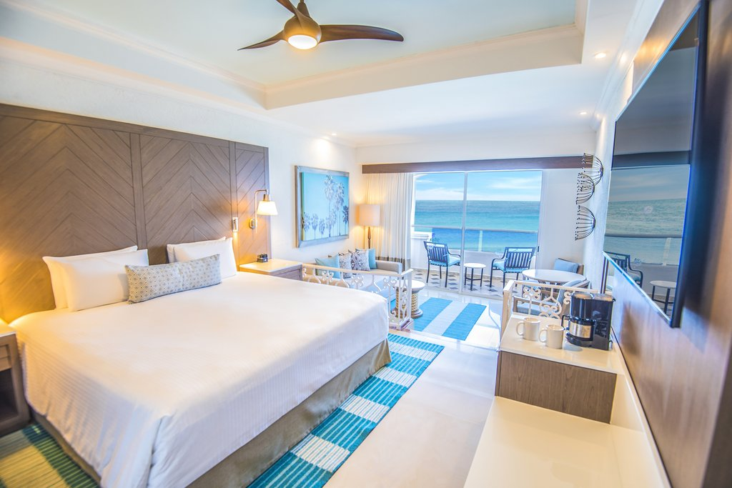 Panama Jack Resorts Cancun - Junior Suite Oceanfront <br/>Image from Leonardo