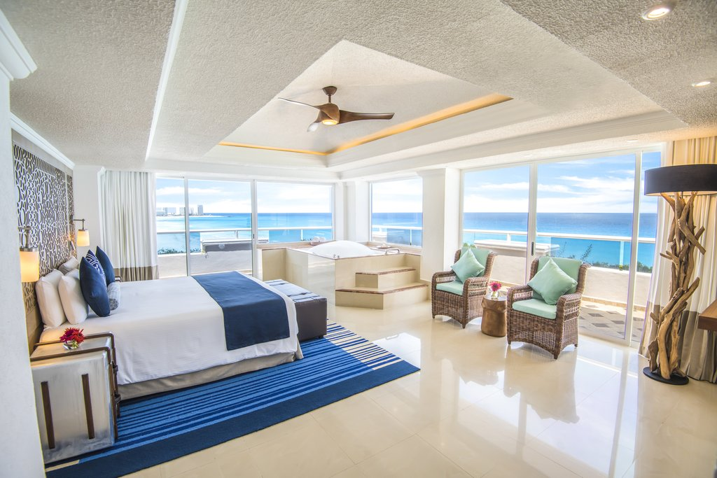 Panama Jack Resorts Cancun - Presidential Suite Bedroom <br/>Image from Leonardo