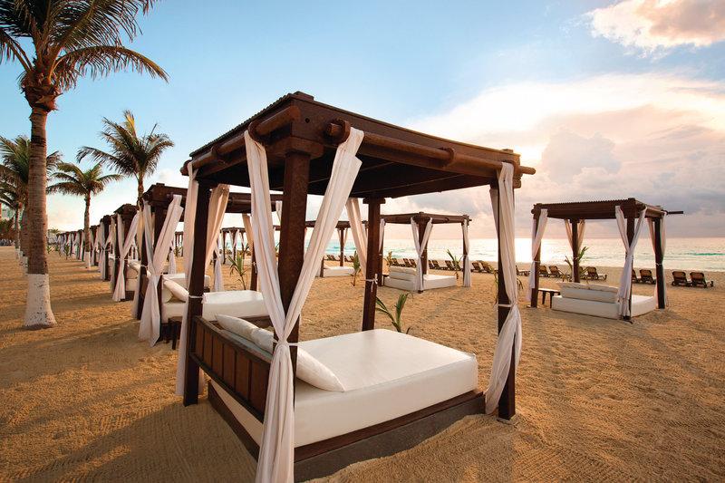 Hyatt Zilara Cancun - Beach Cabanas <br/>Image from Leonardo