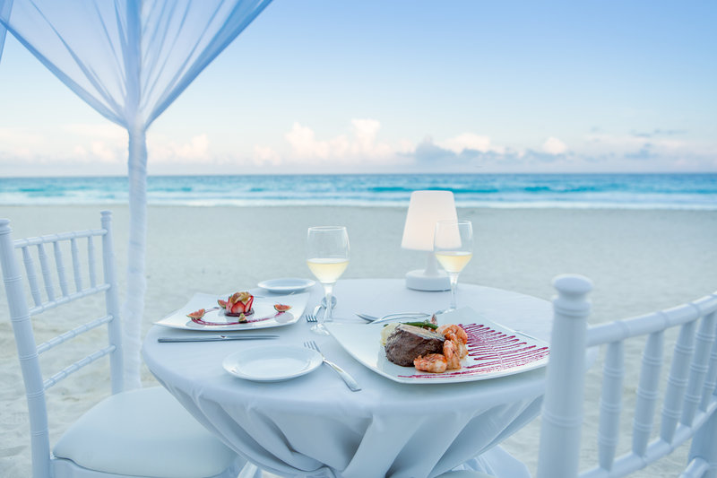 Hyatt Zilara Cancun - Romantic Beach Dinner <br/>Image from Leonardo