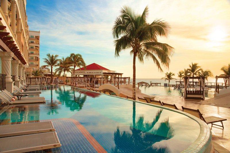 Hyatt Zilara Cancun - Swim Up Suites Sunset <br/>Image from Leonardo